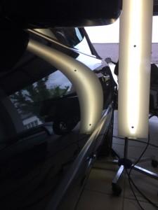 Delle entfernen Mercedes Benz SL500 nachher Ergebnis sehr gut mit Drücktechnik vom Fensterschacht aus